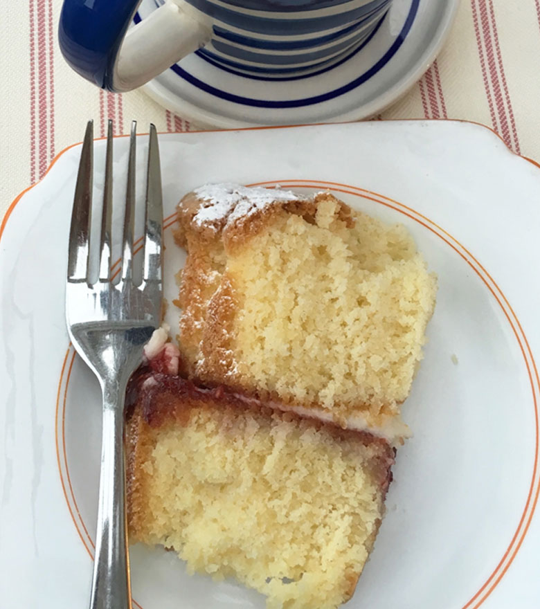 tea and victoria sponge cake