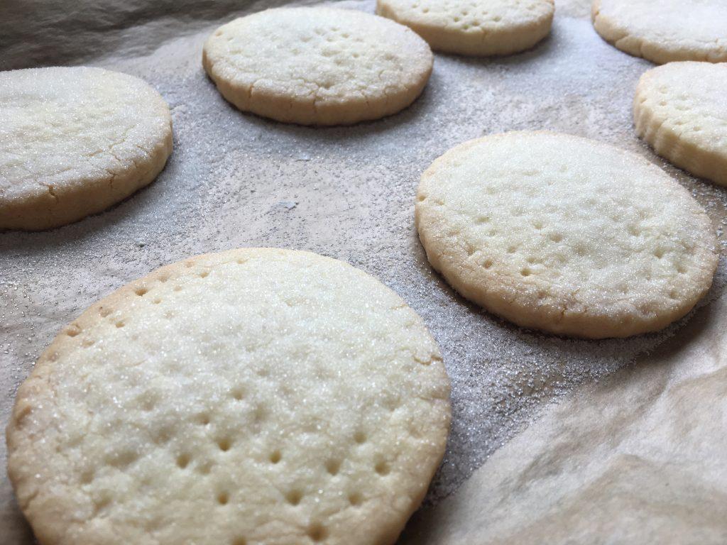 baked gluten free shortbread